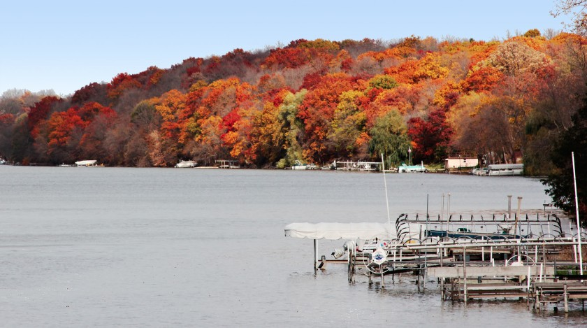 Fall colors along the Rock River at Indianford, Wisconsin