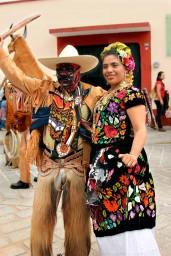 tehuana y rubio0424