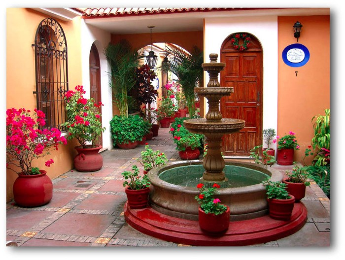 Spanish colonial patio and fountain in Oaxaca